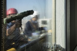 Industrial Window Cleaner 2